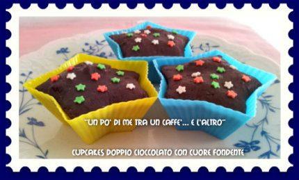 Cupcakes doppio cioccolato con cuore fondente