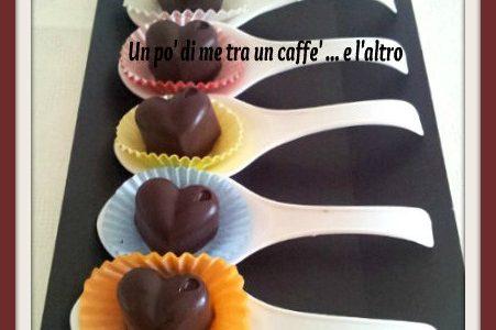 Cioccolatini con pasta di nocciole pralinata