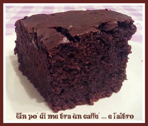 Torta Cacao e Gocce Cioccolato senza burro e uova