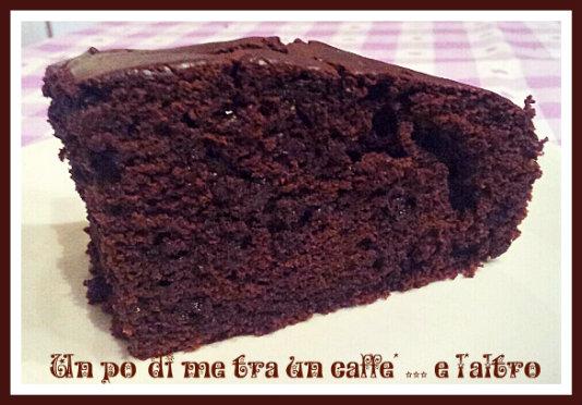 Torta Cacao e Gocce di Cioccolato senza burro e uova